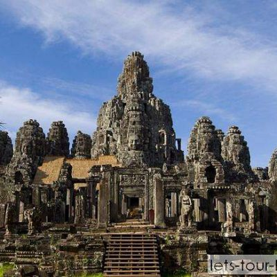 Angkor Thom, Ta Prohm, Banteay Srei, cruising lifestyle of the locals