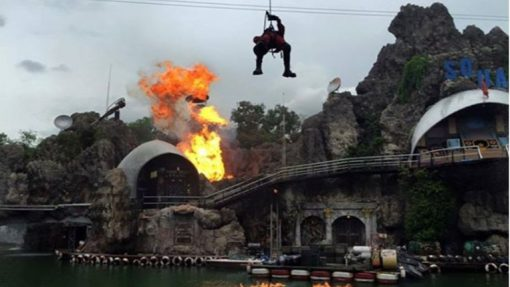 Bangkok safari world stunt show