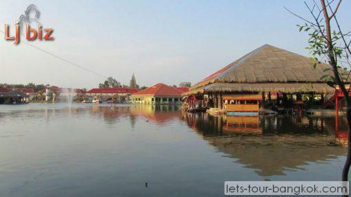 HuaHin Floating Market