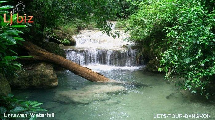 Kanchanaburi erawan waterfall