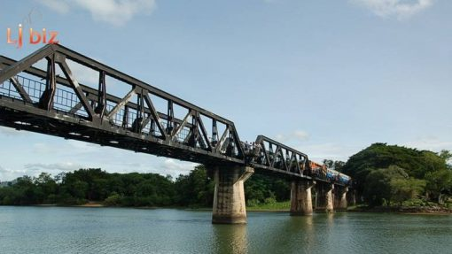 kan bridge on river kwai walking Rail way train