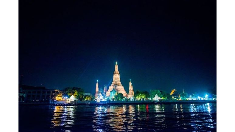 wat arun in the evening