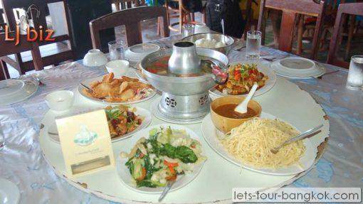 phi phi tour food