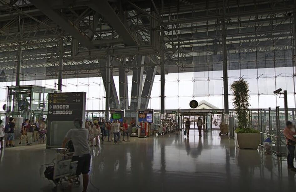 Bangkok airport 4 floor