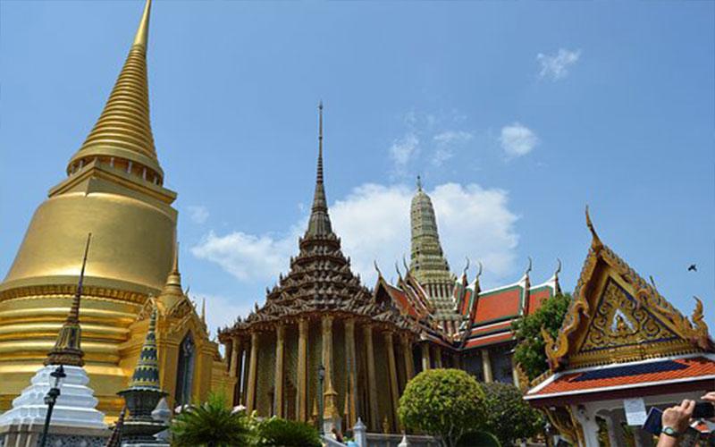 Thai tour guide Private & Flexible Trip