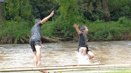 Chiang mai Muangkong bamboo rafting
