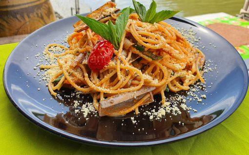 spaghetti razor clam