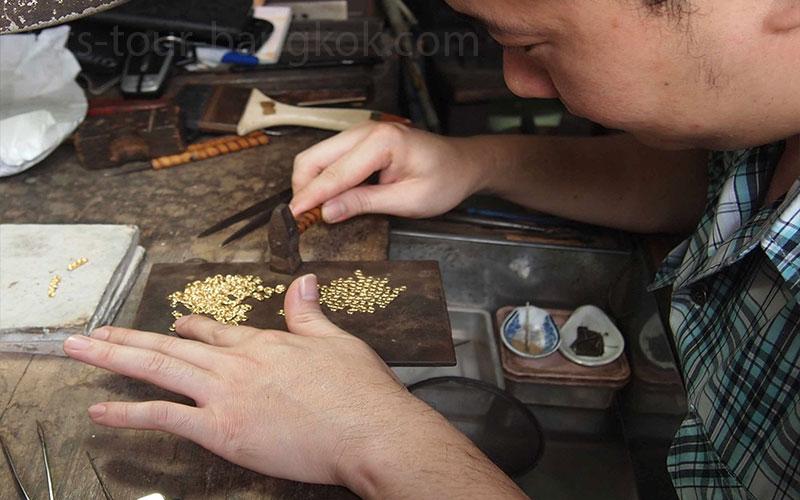 bkk-gold-trade-smith2