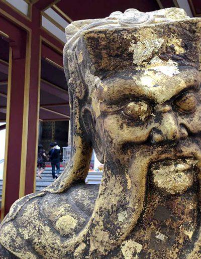 Wat kallayanamit , Chinese statue