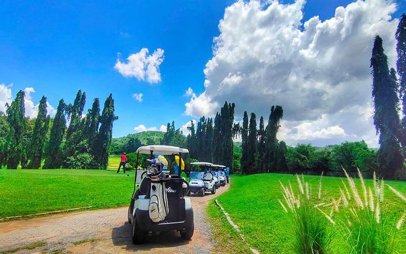 Saraburi Sir James golf